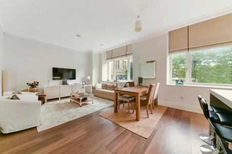 Sterling Mansions, Leman Street, Aldgate, E1. 2 bedroom apartment for sale