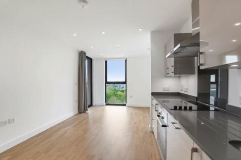 1 bedroom property in City Park West. 1 bedroom property