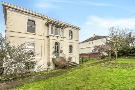 Kent Road, Southsea. 6 bedroom detached house