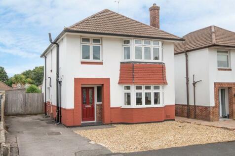 Rushington. 3 bedroom detached house for sale