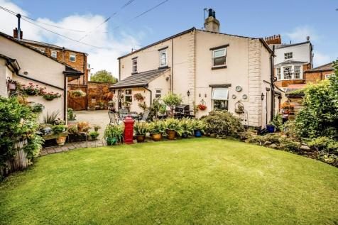 Wentworth Street, St John's, Wakefield, West Yorkshire, WF1. 3 bedroom detached house