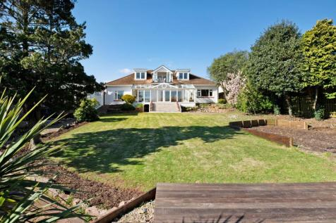 Redcliffe Road Torquay. 6 bedroom detached house