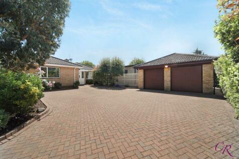 Merestones Drive, The Park. 4 bedroom bungalow for sale