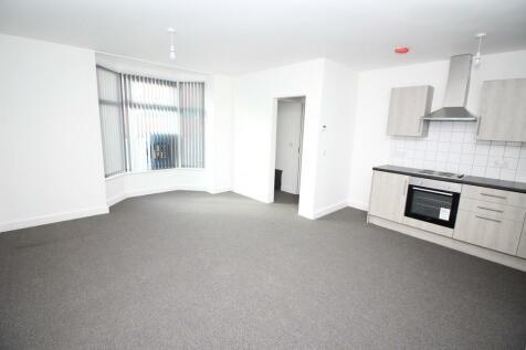 North Road, Darlington, County Durham. 2 bedroom ground floor flat