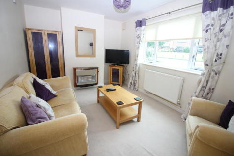 Field Grove, Catterick Garrison, North Yorkshire. 2 bedroom semi-detached house