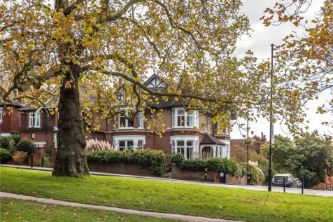 Streatham Common South, London, SW16. 5 bedroom detached house for sale