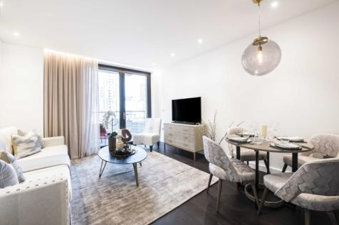 Charles Clowes Walk London SW11. 2 bedroom apartment