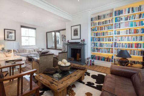 Godolphin Road, Shepherd's Bush, London, W12. 3 bedroom flat