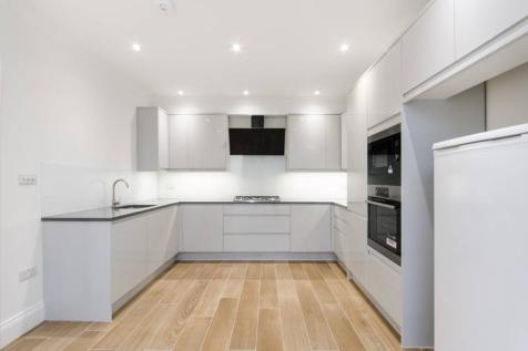Sundew Avenue, Shepherd's Bush, London, W12. 5 bedroom semi-detached house