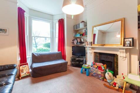 Hammersmith Grove, Hammersmith, London, W6. 1 bedroom flat