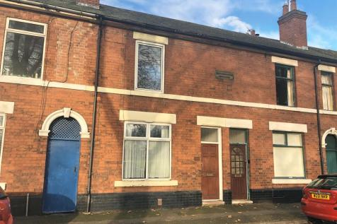 Chester Green Road, Chester Green. 2 bedroom terraced house