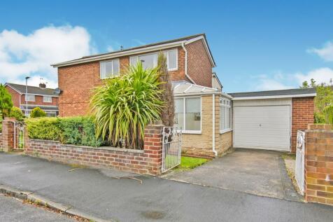 Whiteoak Avenue, Gilesgate. 3 bedroom semi-detached house