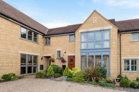 Purton Stoke, Wiltshire, SN5. 3 bedroom terraced house for sale