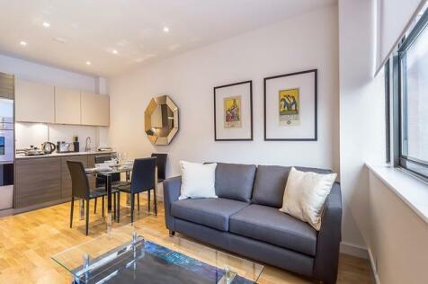 23 Eastern Road , Romford, RM1. 1 bedroom flat