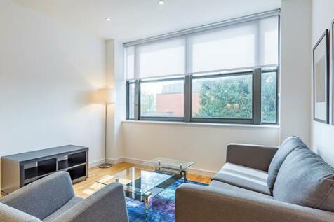 23 Eastern Road , Romford , Romford, RM1. 1 bedroom flat