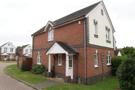 Amber Close, Earley, Reading. 3 bedroom link detached house