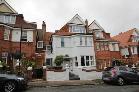 South Cliff Avenue, Eastbourne, BN20 7AH. 6 bedroom terraced house