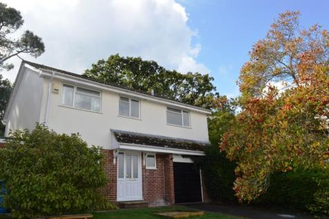46 Potters Way, Lower Parkstone. 5 bedroom detached house for sale