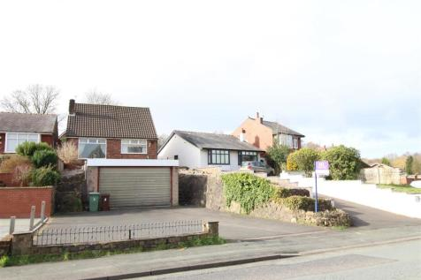Chorley Road, Standish, Wigan. 2 bedroom detached house