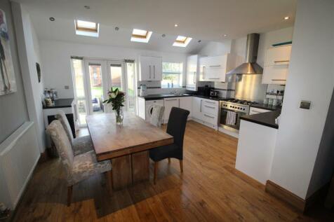 Inglewhite Crescent, Swinley, Wigan.. 4 bedroom semi-detached house