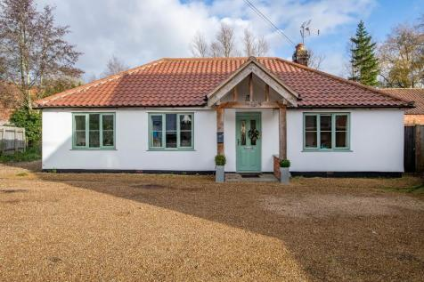 Church Street, Litcham, PE32. 3 bedroom detached house for sale