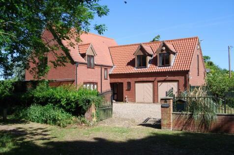 Etling Green, Dereham, Norfolk, NR20. 5 bedroom detached house for sale