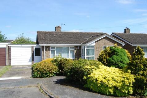 Lydgate Close, Dereham, Norfolk, NR19. 3 bedroom detached bungalow for sale