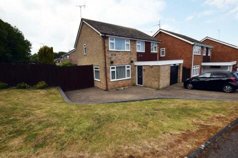 Glenwood Close, Hempstead, Gillingham. 4 bedroom detached house
