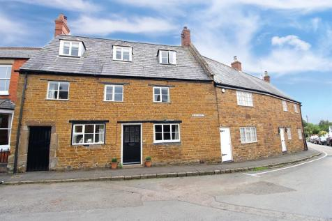 Main Street, Belton In Rutland, Oakham. 4 bedroom character property for sale