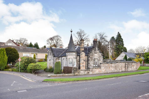 Stirling Road, Alloa, Clackmannanshire, FK10. 2 bedroom detached house for sale