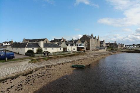 Waterfront, Findhorn, Forres, Morayshire, IV36. 3 bedroom semi-detached house