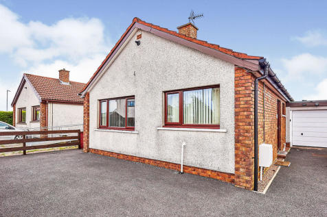 Grieve Walk, Heathhall, Dumfries, Dumfries and Galloway, DG1. 2 bedroom bungalow