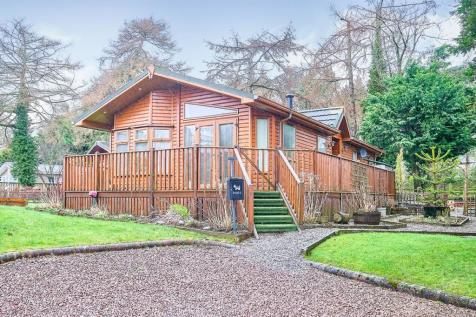 Yewtree Place, Mouswald, Dumfries, Dumfries and Galloway, DG1. 2 bedroom detached house