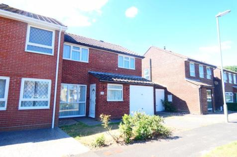 Plymouth Drive, Stubbington, Fareham. 3 bedroom semi-detached house