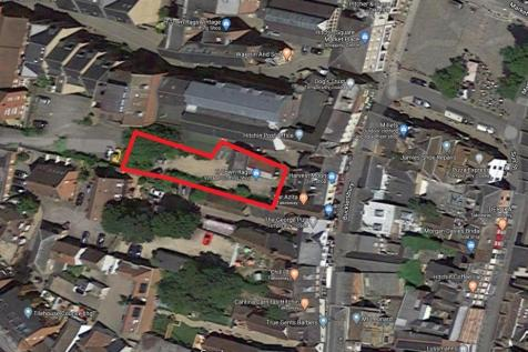 Bucklersbury, Hitchin, Hertfordshire, SG5. Land for sale