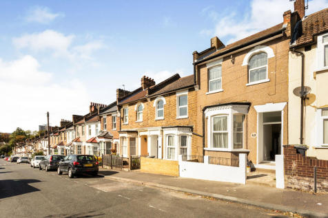 Harvard Road, London, SE13. 3 bedroom terraced house for sale