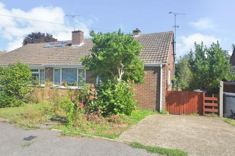 Elmleigh Road, Littlebourne, Canterbury, Kent, CT3. 2 bedroom bungalow