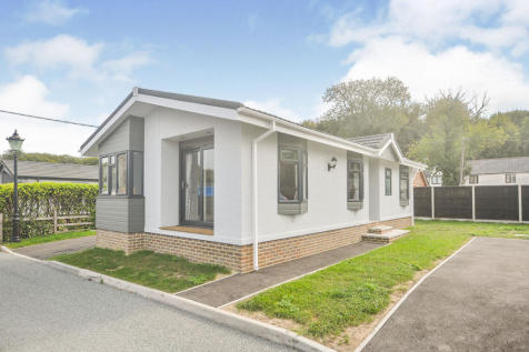 Ropersole Park, Dover Road, Barham, Canterbury, CT4. 1 bedroom detached house