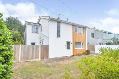 Dumpton Park Drive, Broadstairs, CT10. 4 bedroom detached house