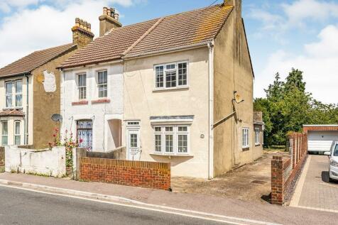William Street, Rainham, Kent, ME8. 2 bedroom semi-detached house
