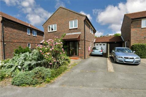 Homefield, Romsey, Hampshire. 4 bedroom detached house