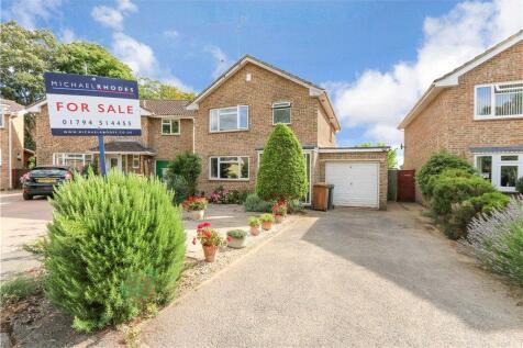 Barton Close, Romsey, Hampshire. 3 bedroom detached house