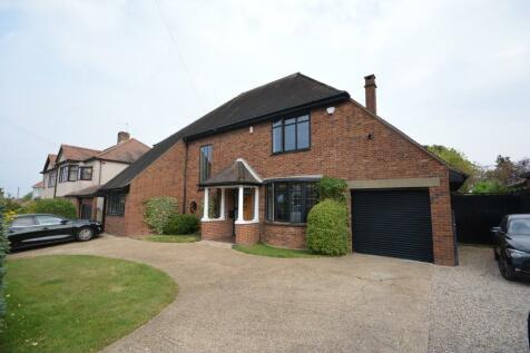 Shepherds Hill, Harold Wood, Romford, London, RM3. 5 bedroom detached house for sale