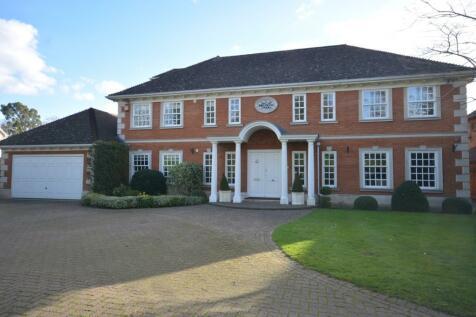 Porchester Close, Emerson Park, Hornchurch, London, RM11. 6 bedroom detached house for sale