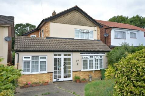 Fanshawe Crescent, Hornchurch, London, RM11. 4 bedroom detached house for sale