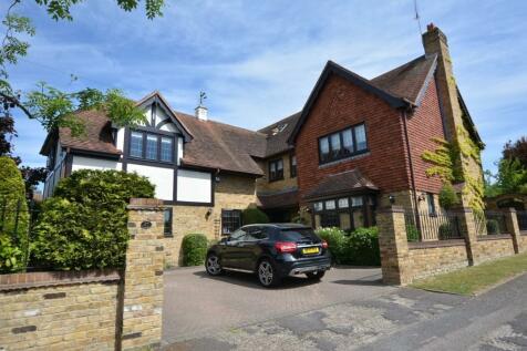 Ernest Road, Emerson Park, Hornchurch, London, RM11. 7 bedroom detached house for sale
