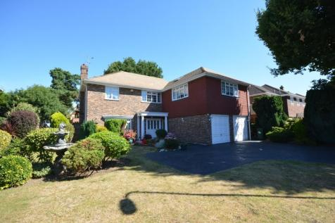 Peerage Way, Emerson Park, Hornchurch, London, RM11. 5 bedroom detached house