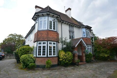 Woodlands Avenue, Emerson Park, Hornchurch, London, RM11. 4 bedroom detached house for sale
