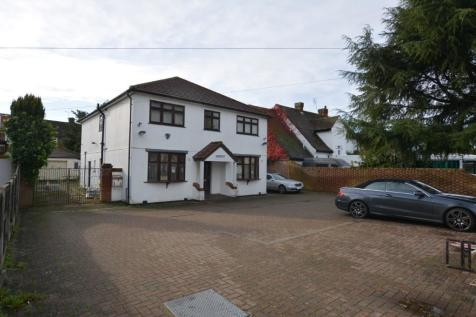 Chase Cross Road, Collier Row, Romford, London, RM5. 9 bedroom detached house for sale