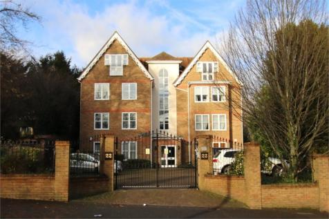 Haling Park Road, South Croydon, Surrey. 2 bedroom flat